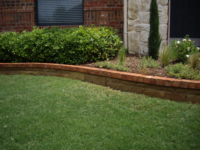 Hines-OK-multicolor-chopstone-with-brick-caps