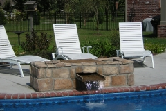 Poolside-waterfallplanter